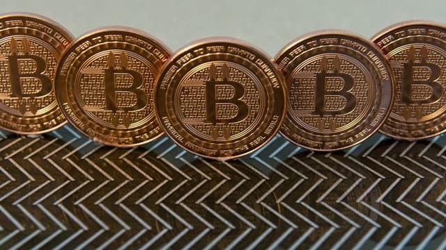 Goldman Sachs va utiliser son argent pour passer des ordres d'achat et de vente, au nom de ses clients, sur des instruments financiers permettant de spéculer sur l'évolution du bitcoin (futures).