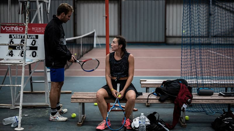 Le grand défi de Caroline Vernet, ex-espoir du tennis, stoppée à l'adolescence et au RSA