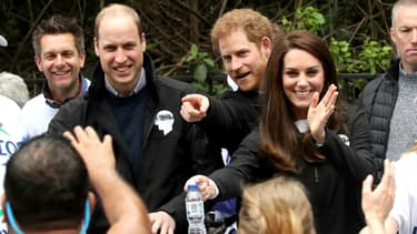 William, Kate et Harry pendant le marathon de Londres, le 23 avril 2017