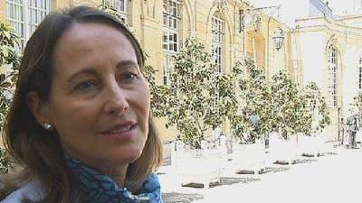 """Ségolène Royal a souligné """"la transparence"""" que permet ce décret."""