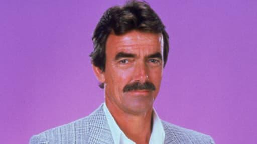 Victor Newman, héros inoxydable des Feux de l'amour, reconnaissable à sa moustache.