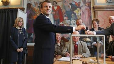 Emmanuel Macron a voté au Touquet le 7 mai 2017