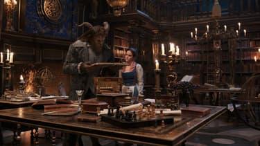 """La version live-action de """"La belle et la bête"""" de Disney fait un véritable carton au box-office"""