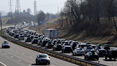 Les Français passent en moyenne 7h12 par semaine dans les transports.