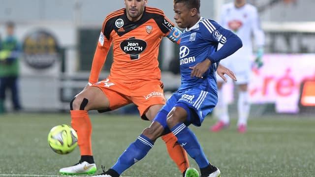 Wesley Lautoa (ici en orange), aujourd'hui à Dijon, sera indisponible de 3 à 6 mois.