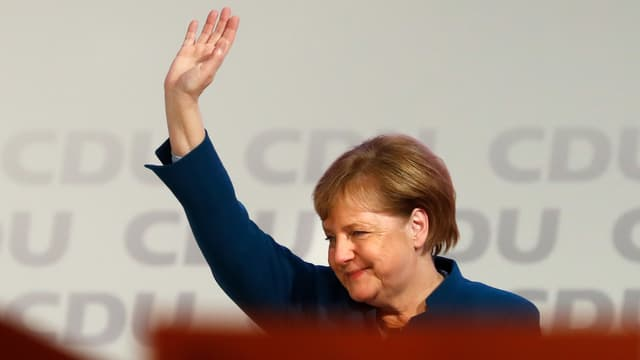 La chancelière Angela Merkel après son dernier discours comme présidente de l'Union chrétienne démocrate ce vendredi 7 décembre à Hambourg.