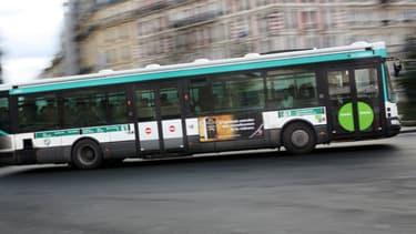 Bus de la RATP, à Paris.