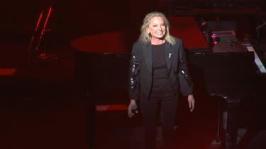 Véronique Sanson sur la scène du Palais des congrès de Tours, le 3 avril 2019