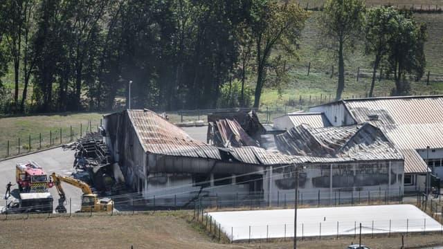 Le site de l'Ain incendié. - Fabrice COFFRINI / AFP