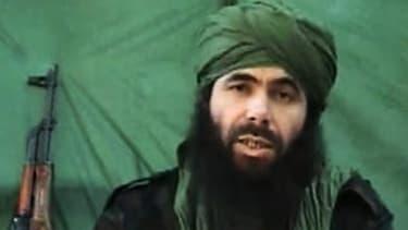 Abdelmalek Droukdel, le chef d'Al Qaïda au Maghreb islamique dans une vidéo en juillet 2010