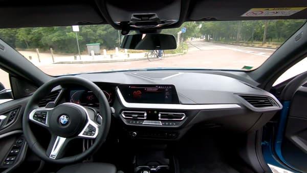 L'affichage tête haute de BMW comme la dernière version des compteurs numériques font clairement partie des gros plus de ce modèle.