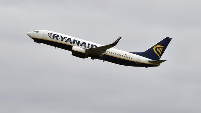 Ryanair gèle les embauches au Royaume-Uni.