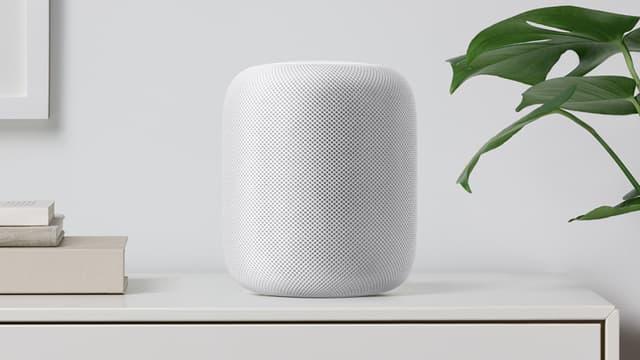 Fonctionnant avec l'assistant numérique Siri, HomePod sera proposé à un prix de 349 dollars, dans le segment haut de gamme du marché.