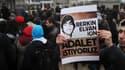 """""""Nous voulons la justice pour Berkin Elvan"""", est-il écrit sur la pancarte de ce manifestant, à Istanbul, le 11 mars 2014."""
