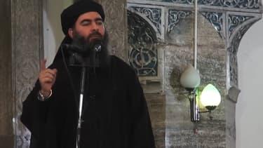 """Le chef de l'Etat islamique, Abou Bakr Al-Baghdadi, désigné """"calife"""", est apparu samedi 5 juillet pour la première fois, dans une vidéo"""