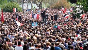 La France insoumise présente ce mardi les résultats de sa consultation sur la conduite à tenir pour le second tour de la présidentielle.