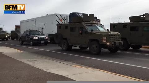 Une voiture percute le transporteur d'un missile nucléaire