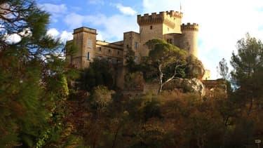 Le château de la Barben est à vendre pour moins de 20 millions d'euros.