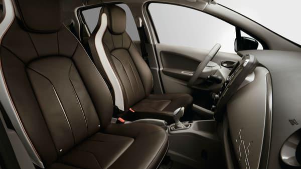 Renault a voulu un cuir moins chargé en vernis et produits chimiques pour cette édition spéciale.