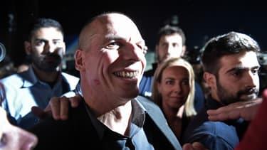 """""""Ce qu'ils font avec la Grèce a un nom: terrorisme"""", accuse Yanis Varoufakis, connu pour sa liberté de ton, dans un entretien au quotidien espagnol El Mundo"""
