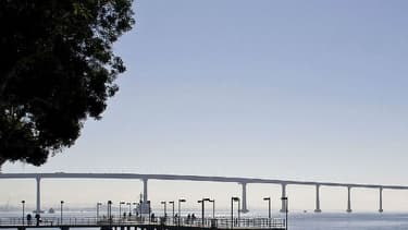 Photo du pont de San Diego-Coronado, qui enjambe la baie de San Diego, en Californie, le 15 novembre 2010.