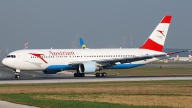 """Austrian Airlines annule ses vols """"en raison des derniers rapports et d'une modification de l'évaluation de la situation en matière de sécurité pour l'espace aérien autour de l'aéroport de Téhéran""""."""