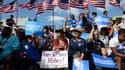 Des supporters d'Hillary Clinton à Tampa, en Floride, le 26 octobre. La Floride est l'un des Etats clés de cette élection.