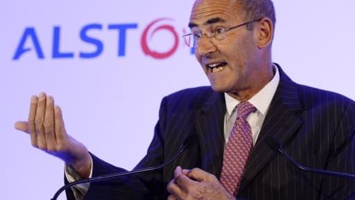 Patrick Kron, le PDG d'Alstom, confirme des discussions avec GE, mais réfute une OPA.