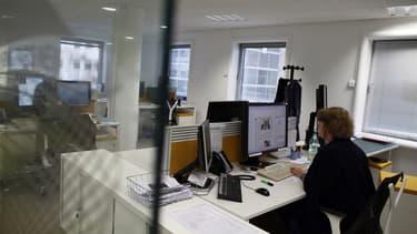 65% des salariés français se disent fatigués, stressés, inquiets ou surmenés, soit une progression de 5 points par rapport à mai, à l'issue du premier confinement