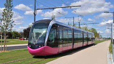 """Ce procédé est une """"première en France"""" née du partenariat entre la métropole, la Caisse d'Epargne régionale, Keolis, Visa et Worldline."""