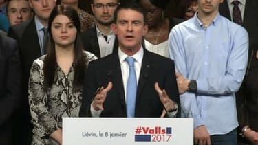 Manuel Valls en meeting à Liévin dans le Pas-de-Calais.