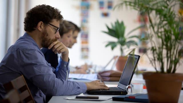 """Le gouvernement veut encourager le """"coworking""""."""