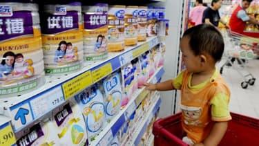 Le chinois Biostime fait appel à des producteurs de lait en poudre européens pour garner les rayons des supermarchés.