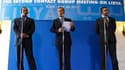 """Le ministre italien des Affaires étrangères Franco Frattini (au centre), avec ses homologues qatari et émirati. La coalition, réunie à Rome sous la forme du """"groupe de contact"""" sur la Libye, a décidé de créer un fonds d'aide aux insurgés libyens qui pourr"""