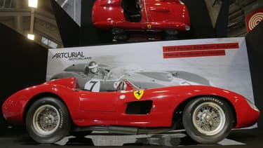 L'an dernier, la Ferrari 250GT d'Alain Delon a été vendue plus de 14 millions d'euros par Artcurial Motors. Cette année, cette Ferrari 335 Sport de 1957 pourrait dépasser les 30 millions d'euros.