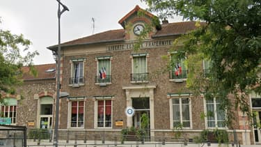 La mairie de Chevilly-Larue, dans le Val-de-Marne