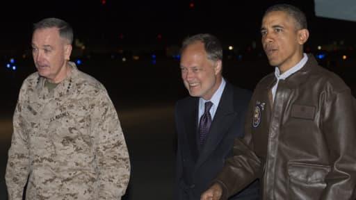 Le président américain effectue une visite surprise en Afghanistan.