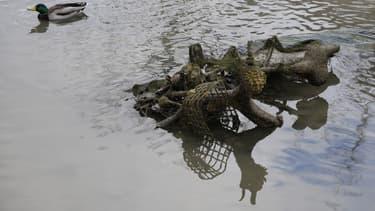 Une centaine de Vélib' retrouvée dans le canal Saint-Martin.