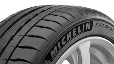 """Michelin, pour la première fois en Europe, vendra en direct sur son site internet le nouveau pneu Pilot Sport 4, via une boutique en ligne """"éphémère""""."""