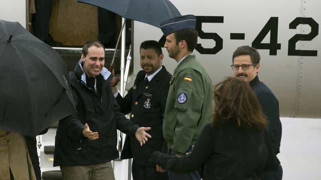 Trois journalistes espagnols indépendants, détenus pendant près de dix mois par Al-Qaïda en Syrie, ont été libérés.
