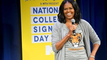 """Michelle Obama le 5 mai 2017 à New York aux """"MTV College singing day with Michelle Obama""""."""