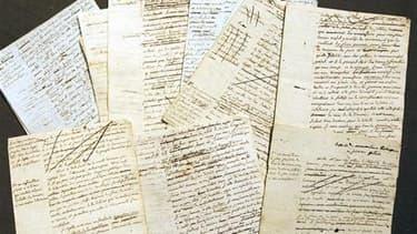 Les manuscrits de Maximilien Robespierre estimés initialement entre 200.000 et 300.000 euros. L'Etat français a exercé son droit de préemption mercredi lors de la vente aux enchères chez Sotheby's à Paris de ces manuscrits inédits, comme le réclamaient de