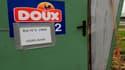Le tribunal de commerce de Quimper (Finistère) rendra lundi prochain à 15 heures son jugement sur les offres de reprise partielle des sites du pôle frais du groupe Doux, placé en liquidation judiciaire. /Photo prise le 5 juillet 2012/REUTERS/Jacky Naegele