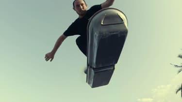 Ross McGouran sur le Slide de Lexus