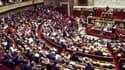 Le Parlement français a définitivement adopté le projet de loi de finances pour 2012 qui fixe à 78,71 milliards d'euros le déficit prévisionnel l'an prochain. Les groupes UMP et du Nouveau centre (NC) ont voté pour. Les groupes PS et de la gauche démocrat