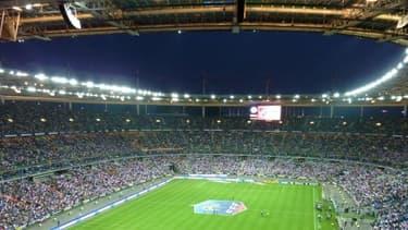Depuis 1995, l'Etat a versé 115 millions d'euros au Stade de France .