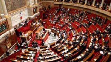 Les députés doivent achever le vote du texte sur l'emploi mardi 9 avril