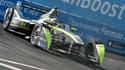 Les modèle grand public de NextEV seront présentés en 2017. En attendant, le constructeur chinois fait chauffer ses pneus sur les pistes du grand prix de Formule E avec Nelson Piquet Jr au volant.