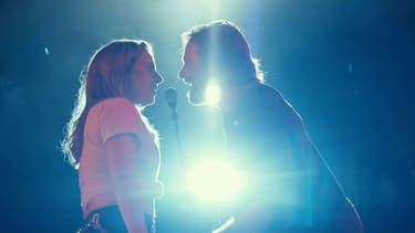 """Lady Gaga et Bradley Cooper dans le clip """"Shallow"""""""