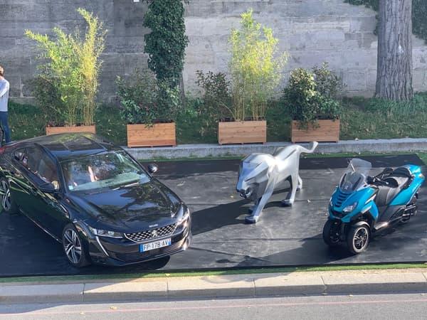 La nouvelle famille Peugeot avec la 508 et le Metropolis 400